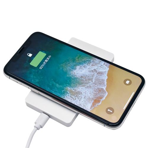 Qi(チー)対応ワイヤレス充電器(白)