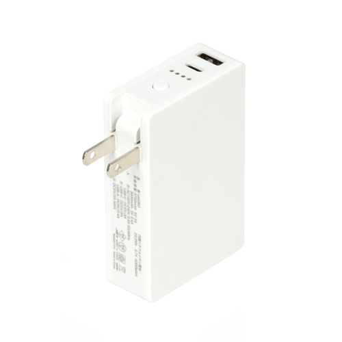 AC付きバッテリーチャージャー6,000mAh(白)
